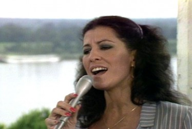 Rita Coolidge 80s Country Footage