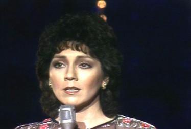 Joyce DeWitt Celebrity Singers Footage