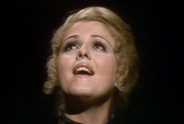 Bernadette Peters Footage from Kraft Music Hall