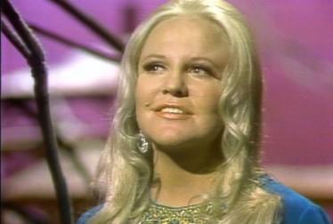 Peggy Lee Footage from Kraft Music Hall