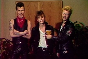 Stray Cats Footage from Saturday Night At The Video