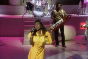 The SOS Band Footage from Dancing To The Hits
