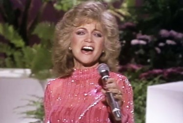 Barbara Mandrell Footage from Bob Hope Show and Specials