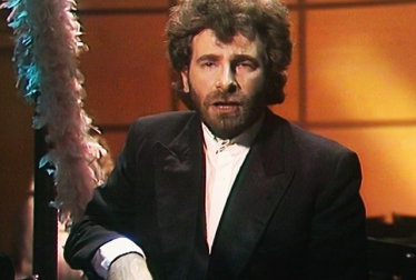 GODLEY AND CREME Footage from TopPop