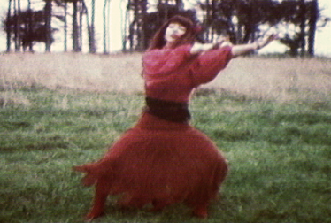 KATE BUSH Footage from TopPop